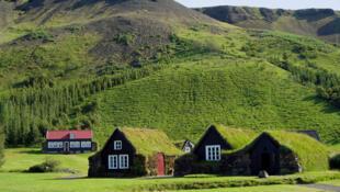 冰島人口稀少資源缺乏但風景美如畫